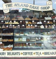 Acland St ... so many cakes, so little time (and so many calories!)
