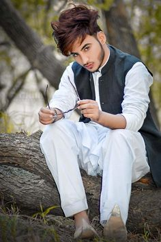 Stylish Handsome Beautiful Boy: Most Handsome Boys .Latest Handsome Boys dpz for fb 2019 World Handsome Boy, Handsome Boy Photo, Cute Boy Photo, Handsome Boys, Stylish Dpz, Stylish Boys, Stylish Girls Photos, Boy Pictures, Boy Photos
