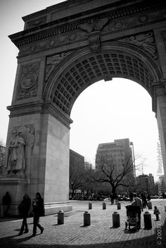 washington square park. #NewYorkCity #JuicyDestinations