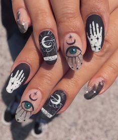 Edgy Nails, Grunge Nails, Funky Nails, Stylish Nails, Swag Nails, Cute Nails, Pretty Nails, Edgy Nail Art, Skull Nail Art