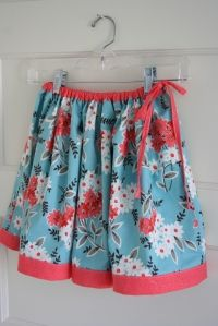Twirly whirly skirt tutorial.  Need to do this for Sophie!