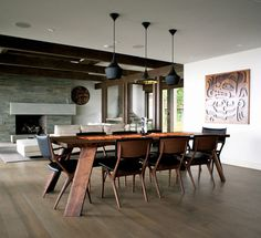 Dramatic Dining Room Design is part of Masculine dining room - We love this dramatic dining room design, expertly put together by Gaile Guevara The walnut dining table is a custom item created in collaboration with Ch Walnut Dining Table, Wooden Dining Tables, Dining Table Chairs, Table Legs, Wood Table, Slab Table, Wood Chairs, Decoration Design, Deco Design