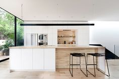 Modern, polymer glass surfaces for kitchen and bath cabinets, retail and commercial furnishings that is lighter and more break and scratch resistant than glass. Kitchen Interior, Home Interior Design, Kitchen Decor, Open Plan Kitchen, New Kitchen, Kitchen Island, Glass Kitchen, La Shed Architecture, Cocinas Kitchen