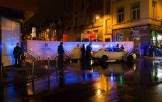http://www.metronews.fr/info/en-direct-attentats-du-13-novembre-a-paris-5-arrestations-a-molenbeek-belgique-en-lien-avec-les-attentats-de-paris/mokn!cAMM4zofRkng6/