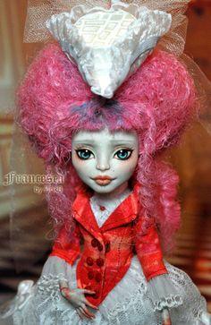 OOAK Mattel Monster High Rochelle Goyle Repaint Dressed Doll by Pinkb | eBay