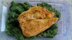 Měly to být špenátové noky, ale jsou to spíš hromádky a restovaný kuřecí plátek. :-) Chicken, Food, Diet, Essen, Meals, Yemek, Eten, Cubs