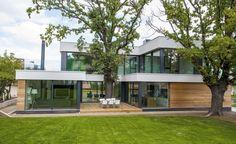 2 Oaks House by Ostrev Baylov Ignatov Architects