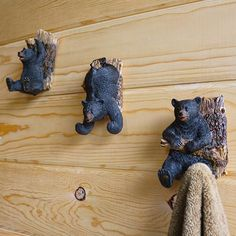 Check out the deal on Three Bears Wall Mounted Hooks at Cabin Place Rustic Cabin Decor, Lodge Decor, Rustic Cabins, Primitive Decor, Country Decor, Rustic Wood, Pink Flamingo Wallpaper, Black Bear Decor, Pallette