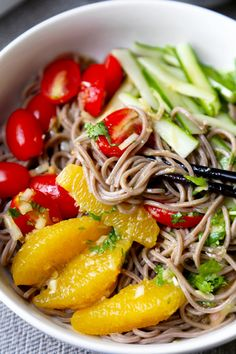 A healthy and cleansing soba noodle salad with pops of citrus, sweetness and tanginess. Addictive and ready in only 15 minutes! The best!