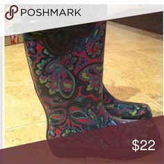 Capella paisley tall rain boots ☔️ Ladies rubber rain boots skinny paisley print buckle, gusset and pull back loop, comfortable cute! make an offer good condition smoke free home Capelli Shoes Winter & Rain Boots