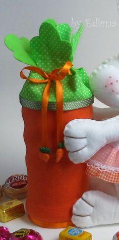 ♥ Ateliê by Edirna ♥: Coelha de feltro muito fofaaa ,ótimo presente de Pascoa ...