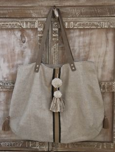 Sacs Tote Bags, Fabric Tote Bags, Diy Bags Purses, Knitted Bags, Handmade Bags, Handmade Leather, Cloth Bags, Luxury Bags, Fashion Bags