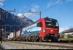 Net Photo: 193 462 SBB 193 at Claro, Switzerland by Georg Trüb Location Map, Photo Location, Locomotive, Switzerland, Trains, Vehicles, Image, Railroad Photography, Rolling Stock