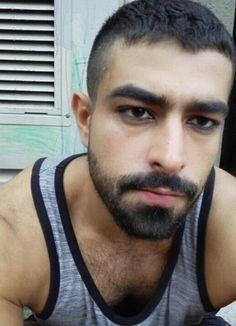 Escort boy arabe
