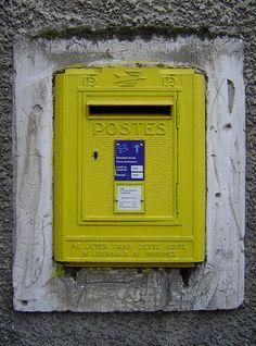 Green Mail Box