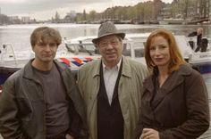 Baantjer  -  T.V. Serie met o.a Dick Vledder ( Victor Reinier ), Jurre de Cock ( Piet Römer  ) en Vera Prins ( Marianne Mudder ).