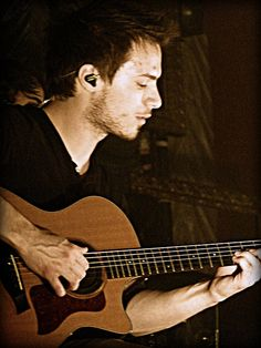 Josh Farro (used to be part of Paramore) what a babe. Paramore, Dream Boy, Inspiring People, Attractive People, Celebs, Celebrities, Man Candy, This Man, Music Is Life
