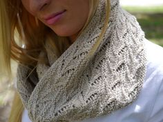Ravelry: Sculling Cowl/Infinity scarf pattern by Anne Hanson