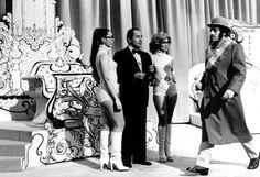 Efemerídes de Madrid. 24 de Abril. 1972.- Se emite por primera vez el programa Un, Dos, Tres.