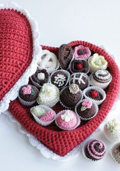 These adorable crochet chocolates are sweet to look at and will not break your diet. Crochet these chocolates for a unique Valentine's Day gift or decoration. This intermediate pattern is for both the chocolates and the box. reminds me of @Vanessa Smith