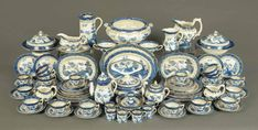 Blue Chinaware, Willow Pattern, China Cups And Saucers, The Saleroom, Fine Art Auctions, White Decor, China Porcelain, Chinoiserie, Dinnerware