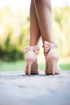 Pretty pink bow heels