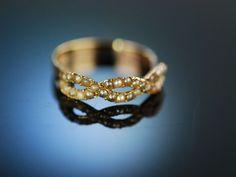 Antique pearl ring! England um 1800! Zarter historischer  Empire Saatperlen Ring Gold 375 / 9 Karat. Schöner Antik Schmuck / historischer Schmuck bei Die Halsbandaffaire München