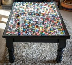 Bottle cap coffee table / occasional table by TableAndCap on Etsy Coffee Table Redo, Mosaic Coffee Table, Mosaic Tables, Bottle Top Crafts, Bottle Cap Projects, Bottle Top Tables, Beer Cap Table, Diy Table Top, Beer Caps