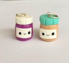 Polymer clay peanut butter and jelly jars, miniature food jewlery, friendship charms, polymer clay charms, polymer clay food charm Polymer Clay Kunst, Polymer Clay Miniatures, Fimo Clay, Polymer Clay Charms, Polymer Clay Projects, Polymer Clay Creations, Clay Crafts, Polymer Clay Jewelry, Fimo Kawaii