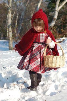 a76a08de462 I want a red riding hood cape for the girls Πλεκτά Για Μωρά, Κοριτσάκια,