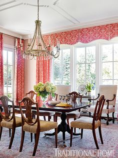 A champagne paper-back fabric wallcovering with a subtle eyelash texture is a… Elegant Dining Room, Beautiful Dining Rooms, Dining Room Design, Dining Area, Traditional Home Magazine, Traditional Decor, Traditional House, Interior Decorating, Interior Design