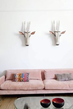 10 Favorites: The Romance of the Pink Sofa by
