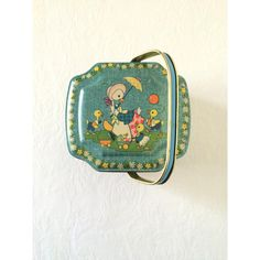 Vintage George W. Horner Boy Blue English Toffee Tin with Lid Handle... (51 CAD) ❤ liked on Polyvore featuring home, home decor, holiday decorations, blue home accessories, easter home decor, english home decor, blue home decor and vintage home accessories