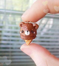 Awwwwwwwww wait it's a bear in an ice cream cone what