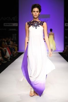 Indian Designer Sounia Gohil at Lakme Indian Fashion Week as part of Summer 2013. Follow Strand of Silk to get the best of Beautiful Indian Fashion from leading Fashion Designers, including Contemporary Indian Fashion and Indian Bridal clothes like Saris,
