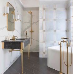 accents-of-gold-bathroom-inspiration delivers online tools that help you to stay in control of your personal information and protect your online privacy. New Interior Design, Gold Interior, Bathroom Interior Design, Modern Interior, Marble Interior, Luxury Interior, Small Bathtub, Small Bathroom, Bathroom Ideas