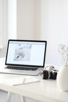 THE FRESH LIGHT | Blogging Business