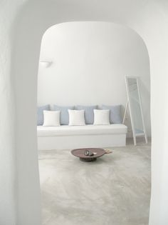 Santorini cave home | interior design