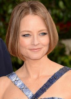 ***GOLDEN GLOBES EDITION***  Jodie Foster Hair Color Formula - Base (Remaining hair that will not be in Foils):  6TO (2oz)  Mix with: 10 volume developer (2oz)  *If your client's base is warm/ashy/neutral consider modifying your formula to accommodate the cancellation or enhancement of these hair tones.  Partial Foils (finely weaven):  1 Scoop of White Lightening Powder  Mix with: 2 Scoops 10 volume creme developer. #goldenglobes #hair