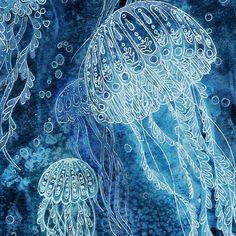 Batik ideas Drucken Sie aus meiner Abbildung 5 x 7 oder 8 x 10 von LunaReef Print from my Illustration 5 x 7 Deep Sea Jellyfish by LunaReef Print via Etsy - unbeleavable batik art process idea: light watercolor wash with bright undertone, then glue or mak Deep Sea Jellyfish, Jellyfish Art, Jellyfish Images, Jellyfish Drawing, Batik Art, Guache, Alcohol Ink Art, Sea Art, Silk Painting