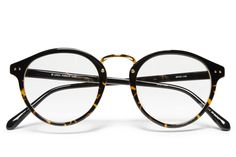 Show pops some love with a pair of sleek specs