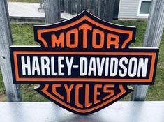 Toronto Maple Leafs Logo, Biker Gnomes, Harley Davidson, American Logo, Electric Hand Drill, Christmas Gift Baskets, Diy Wood Signs, Motorcycle Garage, Vintage Motorcycles