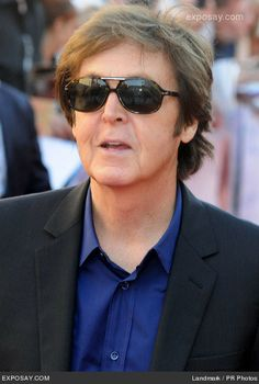 Sir Paul at the UK premiere for Living In The Material World My Love Paul Mccartney, The White Album, Sir Paul, The Fab Four, Yesterday And Today, Music Guitar, Ringo Starr, Lady And Gentlemen, Great Bands