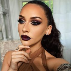 @carlibybel stops us in our tracks with this stunning #makeuplook! She used our E06 Brush to apply our Wicked Gel Liner flawlessly. ✨ #SigmaBeauty #SigmaBrushes