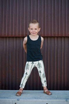Salt City Emporium Black arrow print children leggings, modern organic skinnies, baby leggings, hipster kid, boy clothes, gender neutral