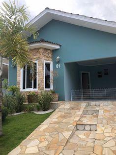 Pastel Paint Colors, Light Grey Paint Colors, Modern Paint Colors, House Paint Exterior, Exterior House Colors, Modern House Colors, Home Design Plans, Modern Exterior, House Front