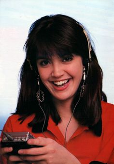 Phoebe Cates pictures and photos Most Beautiful People, The Most Beautiful Girl, Gorgeous Women, Phoebe Cates Now, Filipina Beauty, Cute Brunette, Shannen Doherty, Jennifer Connelly, Interesting Faces