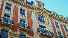 Toulouse, Grand Hotel. Louez une voiture, vélos, poussettes, appareil photo ... entre particuliers sur PLACEdelaLOC: www.placedelaloc.com pour profiter un maximum de Toulouse et rencontrer les Toulousains