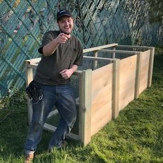 The Best Triple Compost Bin : 5 Steps (with Pictures) - Instructables Build Compost Bin, Homemade Compost Bin, Wooden Compost Bin, Galvanized Nails, Bike Challenge, Garden Projects, Garden Tips, Kitchen Waste, Garbage Can
