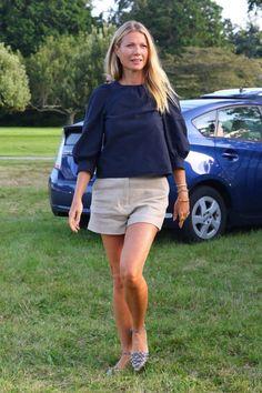 11 looks da Gwyneth Paltrow Por Aí Gwyneth Paltrow, Glamour, French Girl Style, My Style, Celine, Renaissance Dresses, Weekend Wear, Spring Summer Fashion, Style Summer